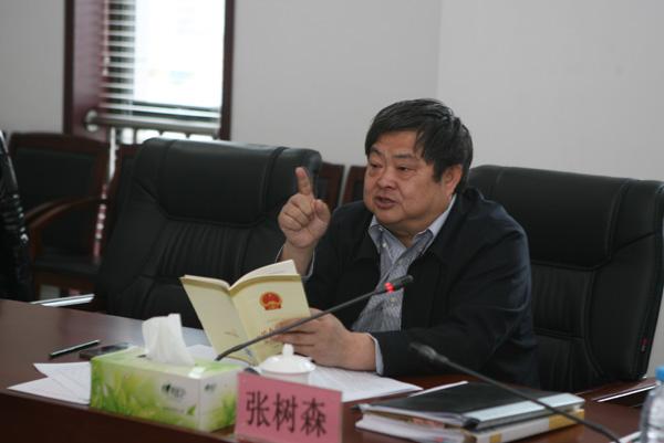 黄山市交警支队张树森_张树森局长到企业开展对话谈心活动