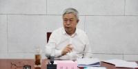 国务院扶贫办主任刘永富专题听取我校叶敬忠教授团队研究汇报 - 农业大学